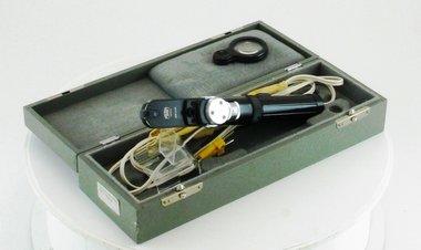 Handophthalmoskop / Augenspiegel Carl Zeiss 110 mit orig. Box & Zubehör, gebraucht, guter Zustand, Artikelnummer: 000642