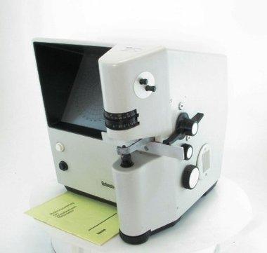 Rodenstock Scheitelbrechwert-Meßprojektor, gebraucht, guter Zustand, Artikelnummer: 018383