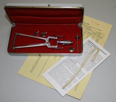 SK Hand-Tonometer nach Schiötz, Komplettset, New old stock!, Artikelnummer: 25112015-4