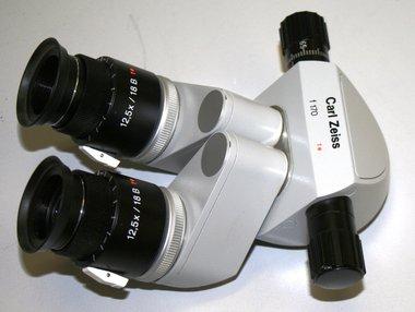 Binokularer Schrägeinblicktubus für Spaltlampen und Operationsmikroskope Carl Zeiss, verstellbare PD-Brennweite F170, gebraucht, guter Zustand, Artikelnummer: 015555